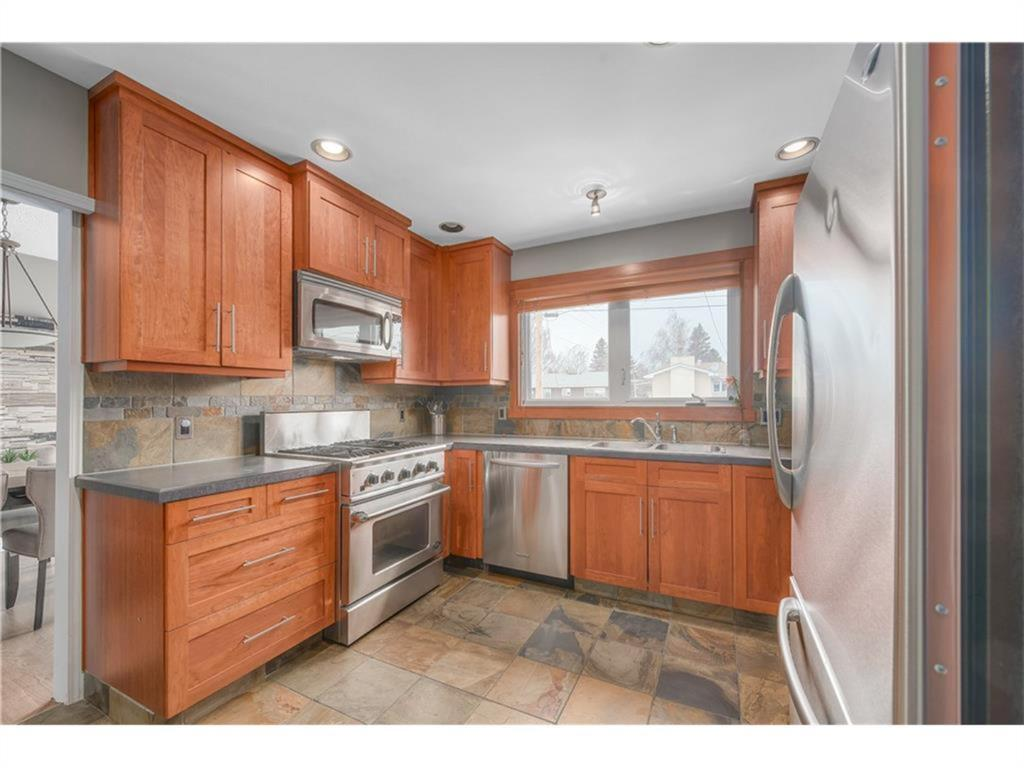 Listing A1131945 - Large Photo # 13