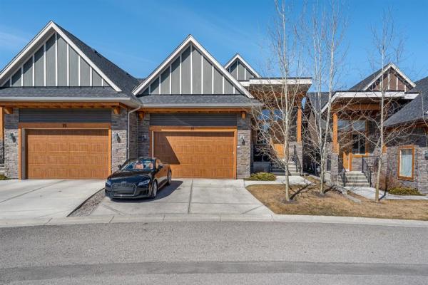 91 Cortina Villas SW, Calgary