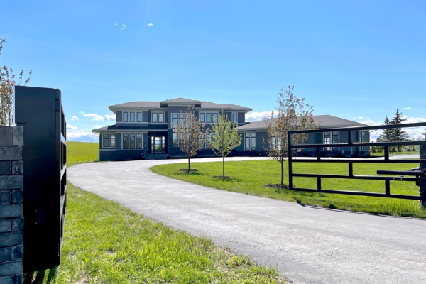 15 Willow Creek Green, Rural Rocky View County