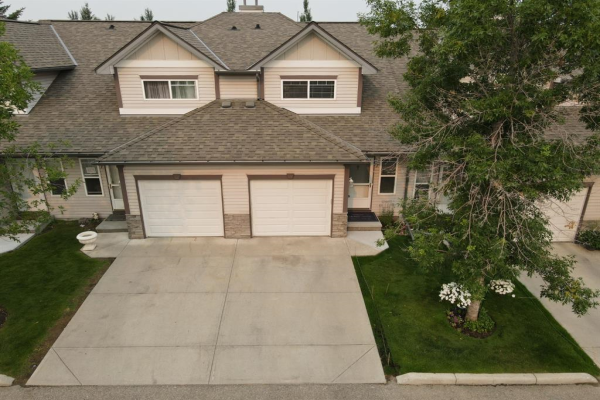 57 Millview Green SW, Calgary