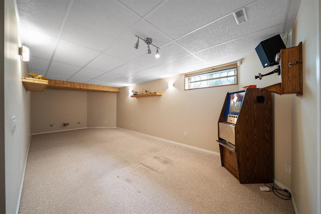 Listing A1135595 - Large Photo # 11