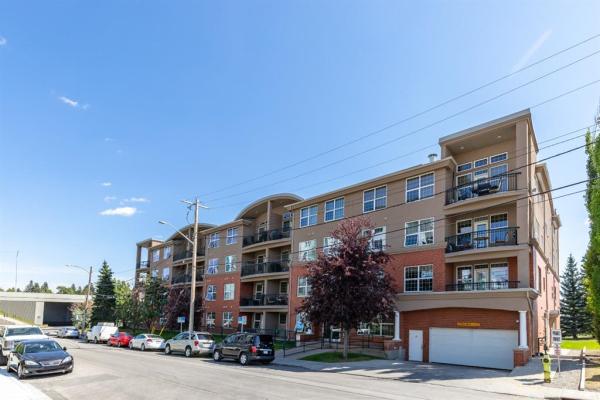 495 78 Avenue SW, Calgary