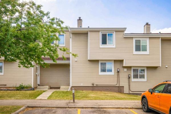 3032 Rundleson Road NE, Calgary