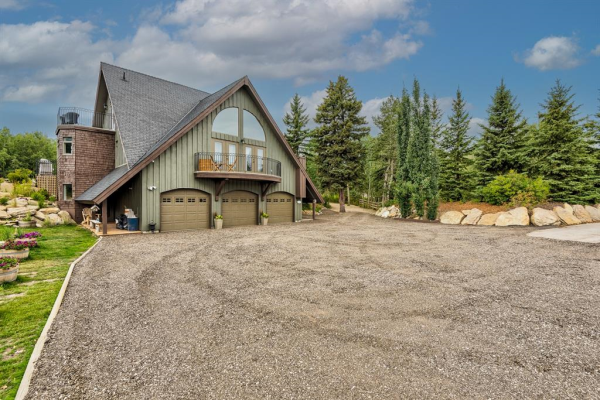 25207 Bearspaw Place, Rural Rocky View County
