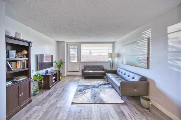 1620 8 Avenue NW, Calgary