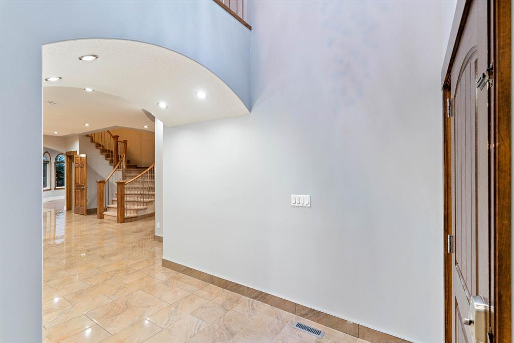 Listing A1140507 - Large Photo # 4