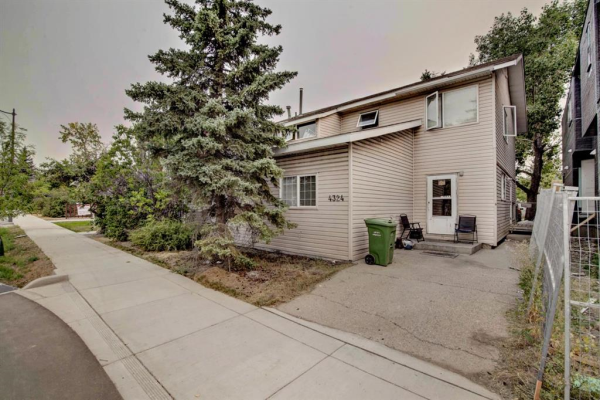 4324 Bowness Road NW, Calgary