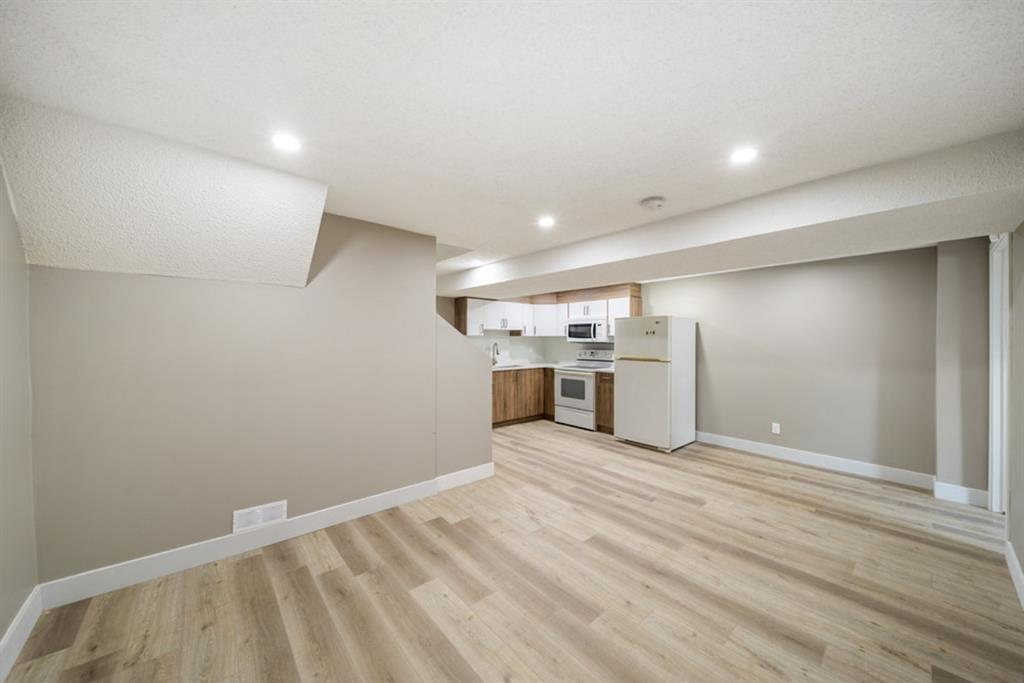 Listing A1142371 - Large Photo # 15