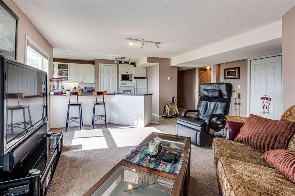 Listing A1143146 - Large Photo # 17