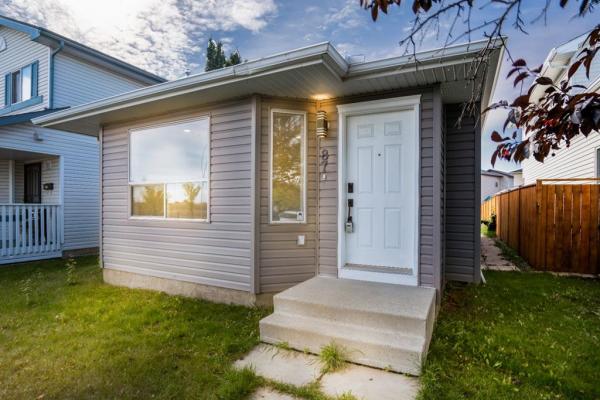87 Applebrook Circle, Calgary