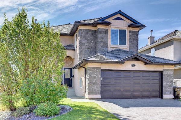 39 Royal Ridge Manor NW, Calgary