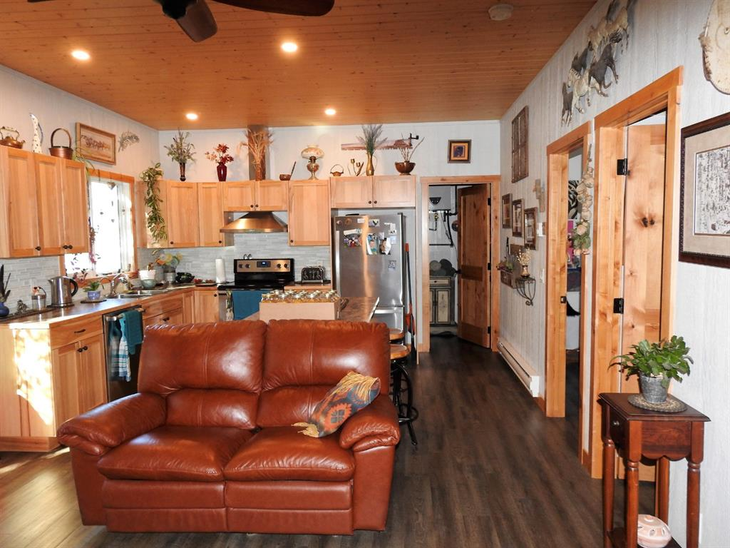 Listing A1145859 - Large Photo # 32