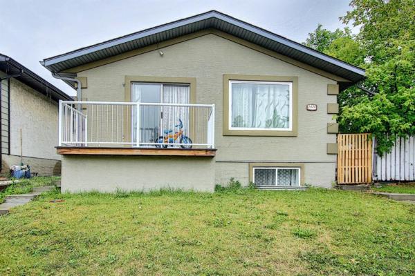 1424 Marlyn Way NE, Calgary