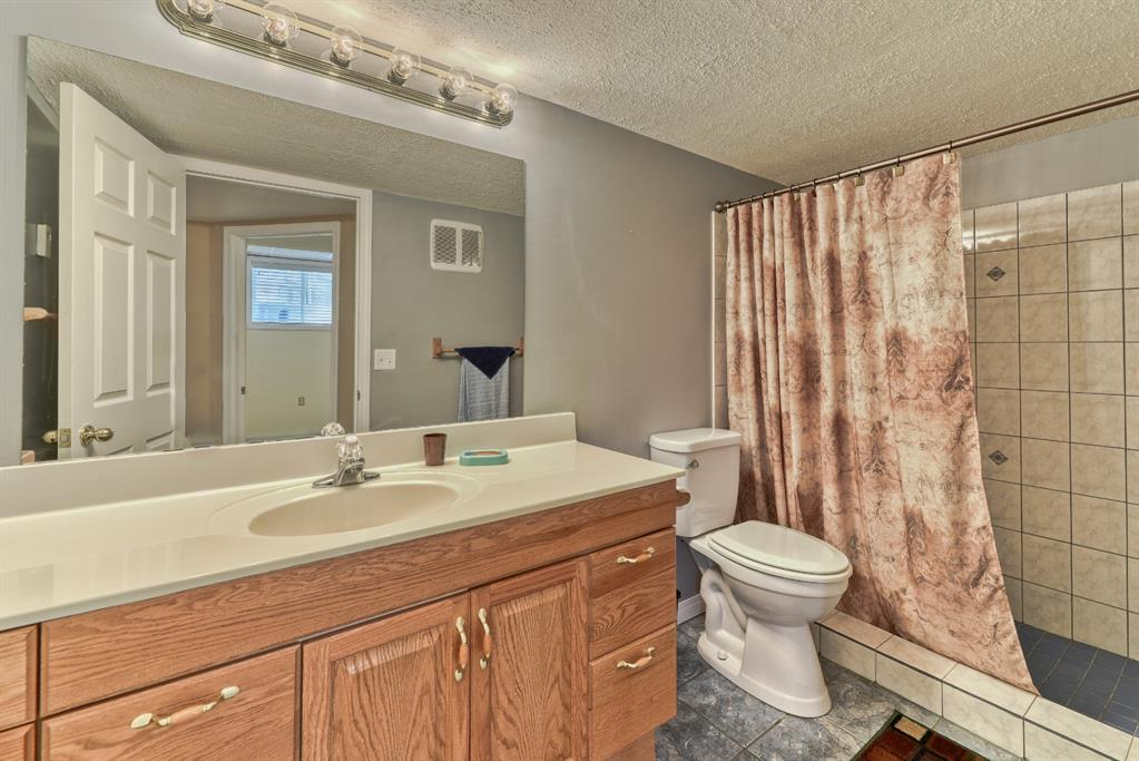 Listing A1146386 - Large Photo # 13