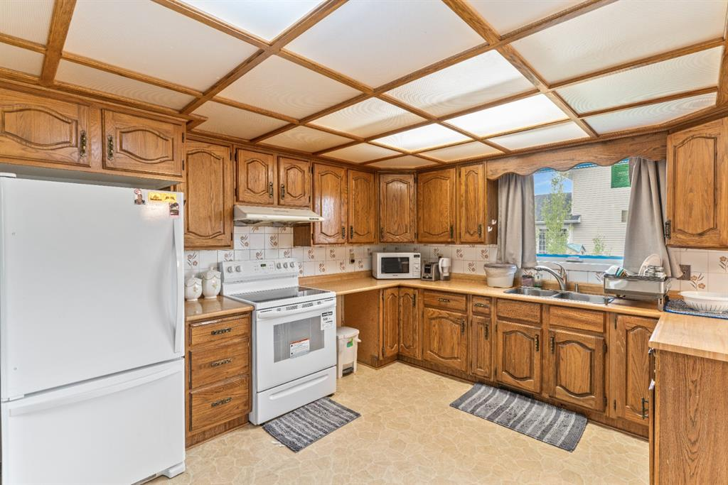 Listing A1146595 - Large Photo # 11