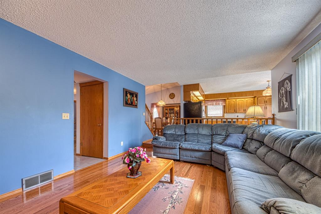 Listing A1146848 - Large Photo # 14