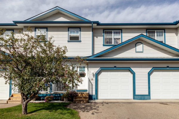 33 Stonegate Drive NW, Airdrie
