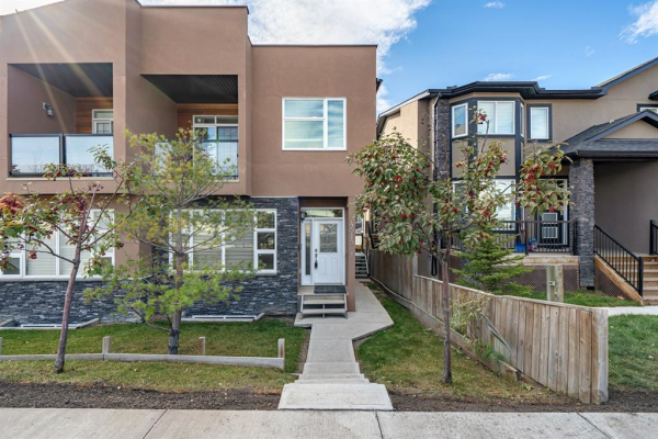 4515 Bowness Road NW, Calgary
