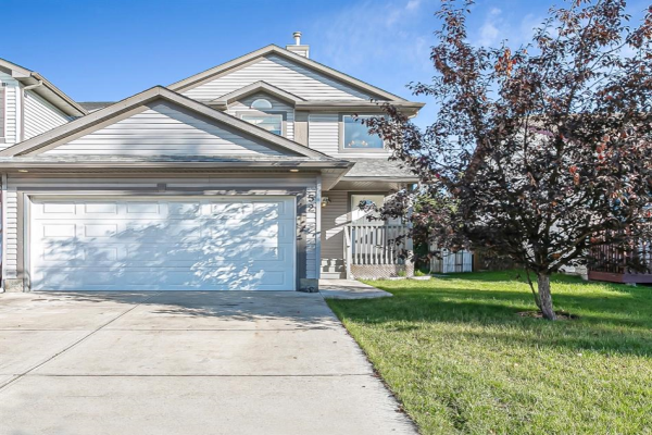 52 Canoe Square SW, Airdrie