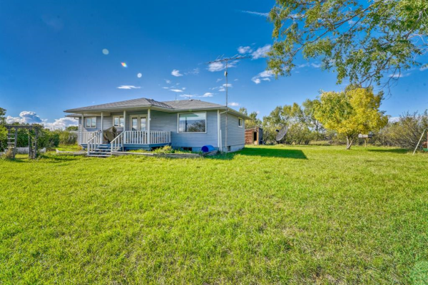 261147 Township Road 280, Rural Rocky View County