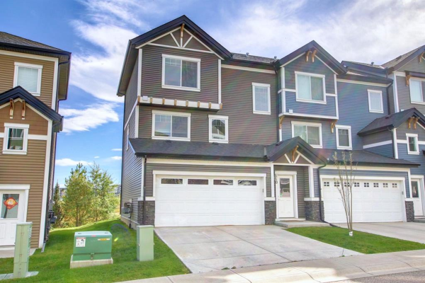 110 Nolan Hill Heights NW, Calgary