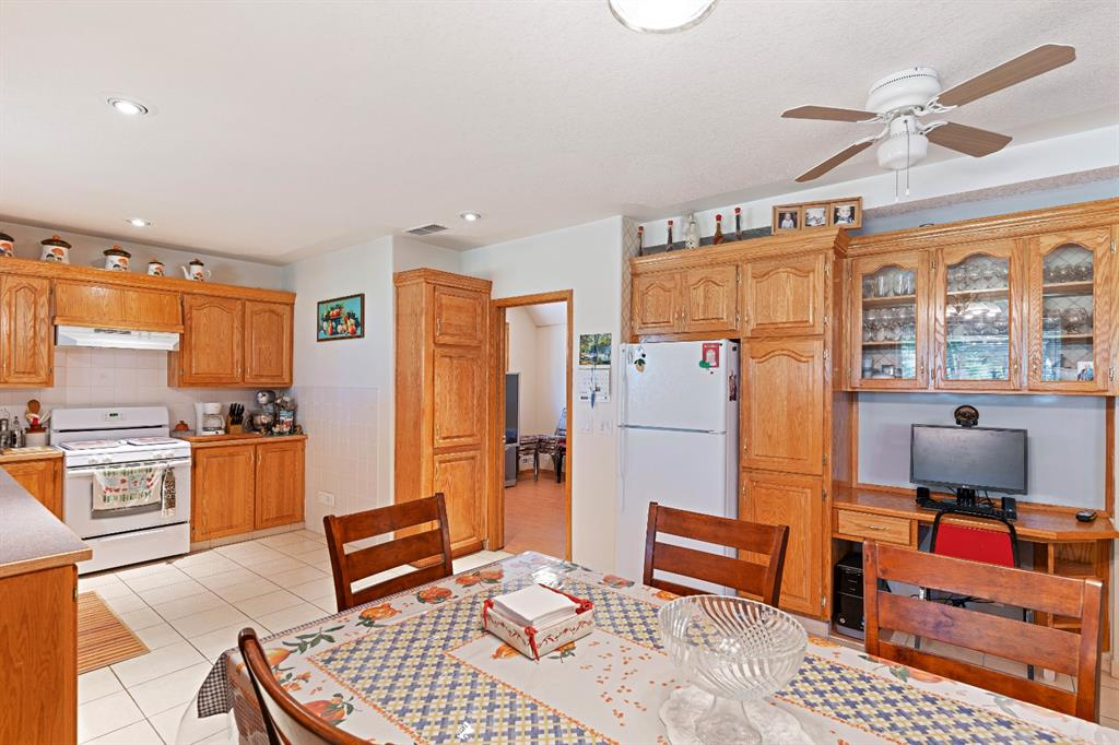 Listing A1152337 - Large Photo # 28