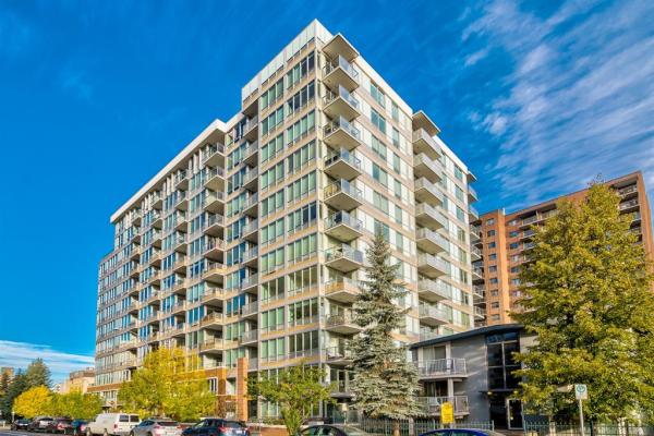 626 14 Avenue SW, Calgary