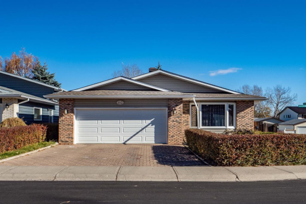 112 Woodmont Drive SW, Calgary