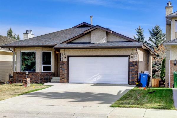 2736 Signal Hill Drive SW, Calgary