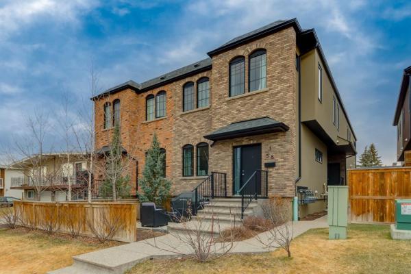 58 34 Avenue SW, Calgary