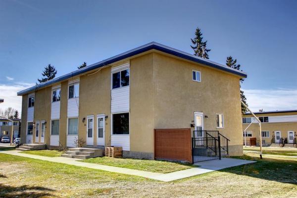 2211 19 Street NE, Calgary