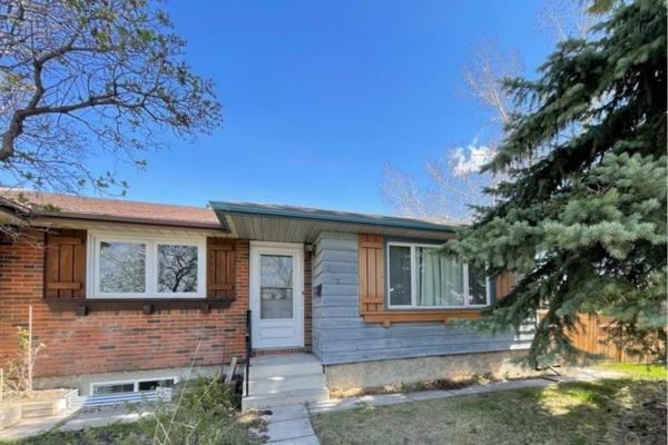 372 Midridge Drive SE, Calgary