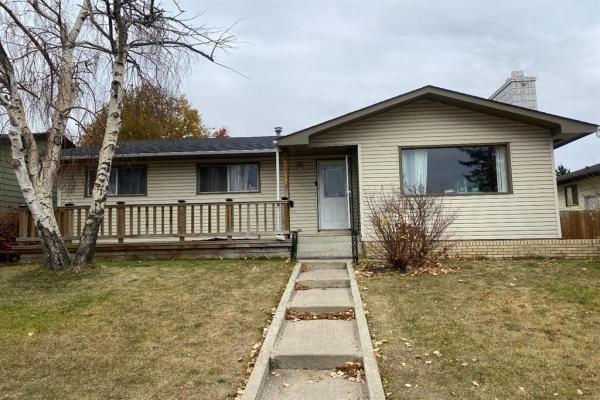 128 Pinetree Road NE, Calgary