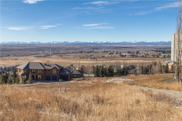 247 SLOPEVIEW Drive SW, Calgary