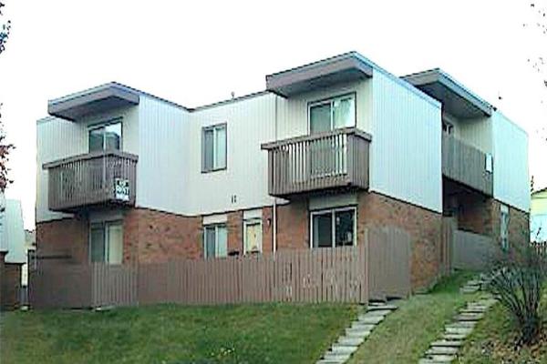 11 SORREL Place SW, Calgary