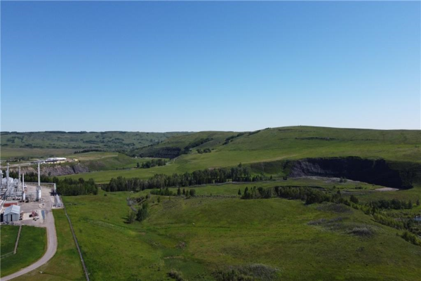 116.86 acres North of TWP RD 252, Rural Rocky View County