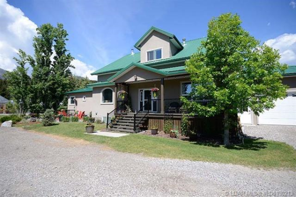1606 East Hillcrest Drive, Rural Crowsnest Pass