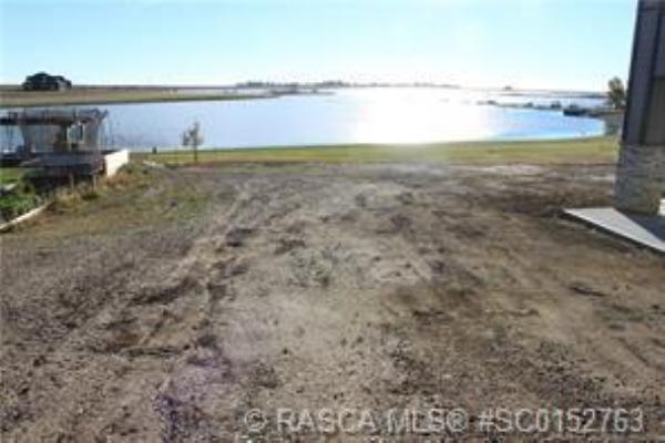 14 Kingfisher Bay, Lake Newell Resort