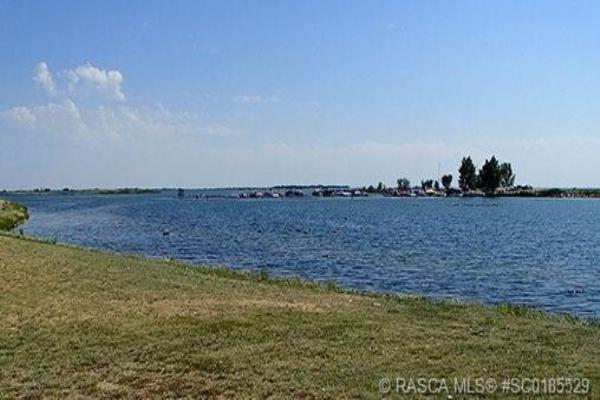 1 Kingfisher Estates, Lake Newell Resort
