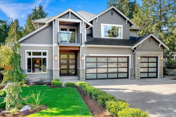 10235 NE 20th Place, Bellevue