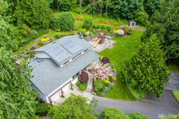 19434 SE May Valley Rd, Issaquah