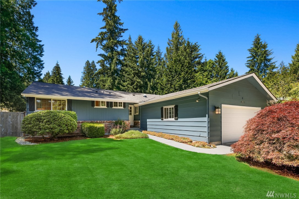 595 Mountainside Dr SW, Issaquah