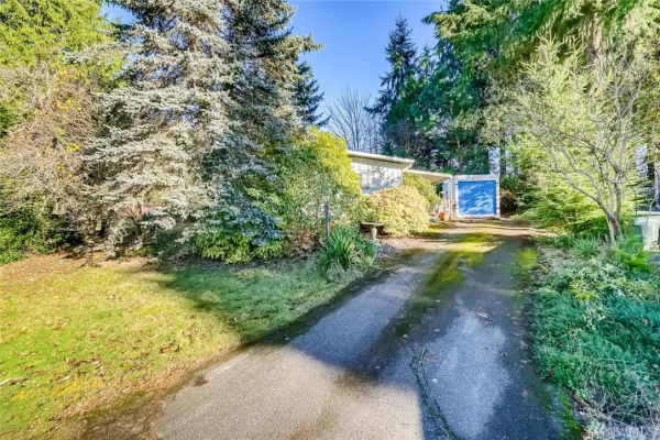 20403 32nd Dr SE, Bothell