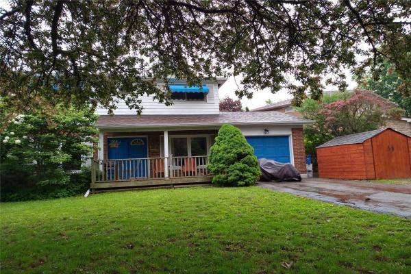 107 Kingslake Rd, Toronto