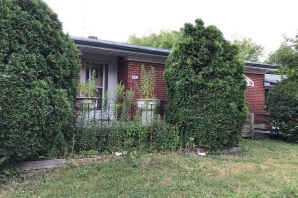 220 Senlac Rd, Toronto