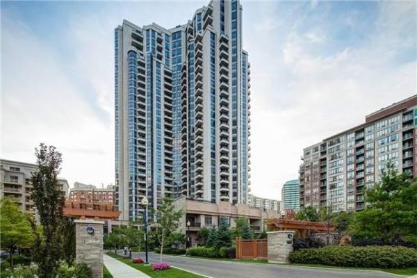 500 Doris Ave, Toronto