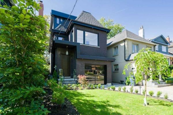 26 Standish Ave, Toronto