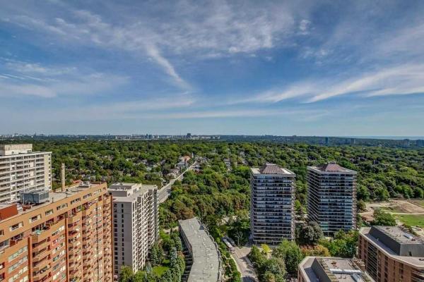 60 Pleasant Blvd, Toronto