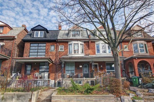 61 Beatrice St, Toronto