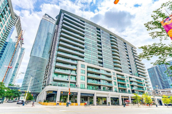 25 Lower Simcoe St, Toronto
